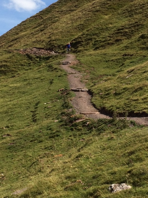 20180725 Wyn on the descent from Hay Bluff