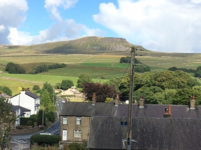 20180810 Horton-in-R with Ingleborough