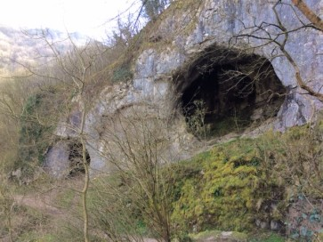 Dove Holes, Dovedale