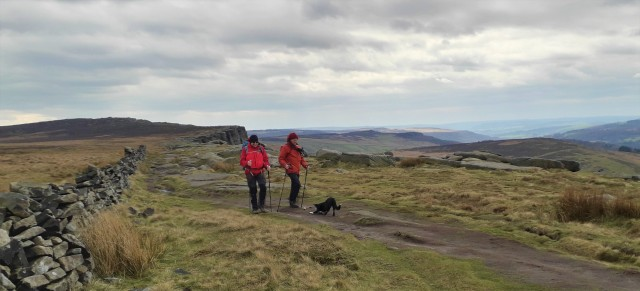 20190405 Neil Doug and Lily on Stanage Edge