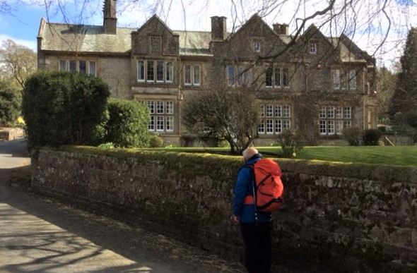 20190411 Hanlith Hall, a des res in the country