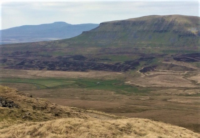 20190412 Pen-y-Ghent with Ingleborough behind