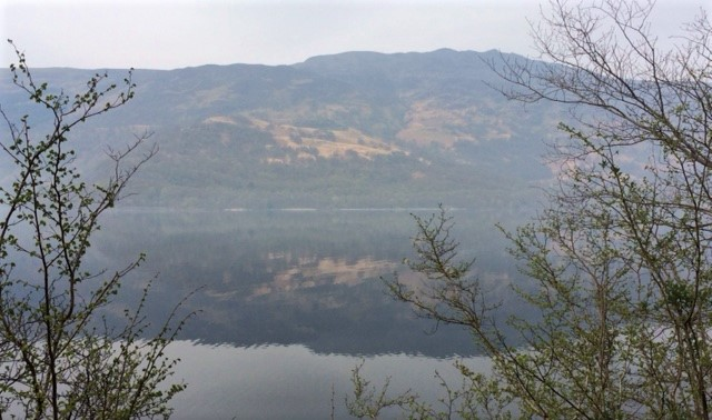 20190421 A still morning on Loch Lomond
