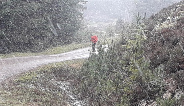 20190503 Wyn battling through the snow