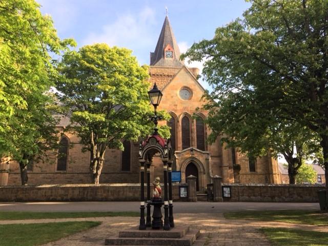 20190515 Dornoch cathedral